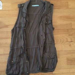Maurices army vest